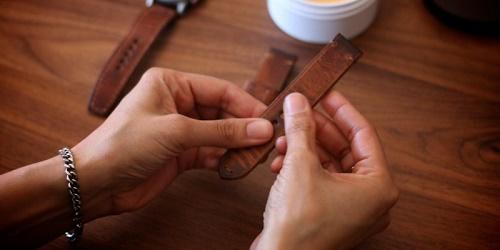 Những lưu ý về đồng hồ dây da